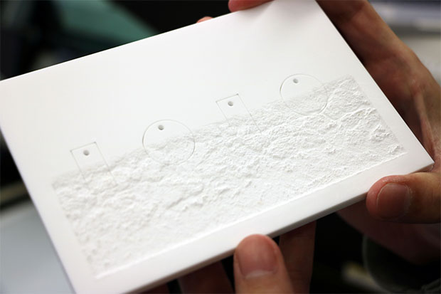 UVプリンタを使う際に気をつけること③:紙の凹凸