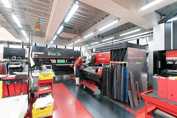 浜野製作所の工場内部。Garage Sumidaのほかに3つの工場が稼働している。